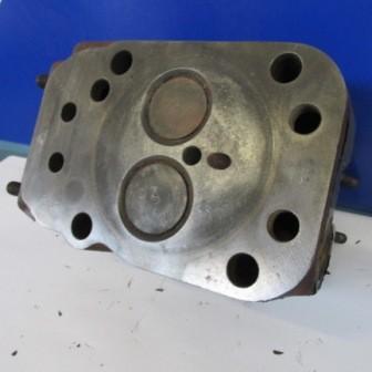 MWM D208 Zylinderkopf mit Ventilen