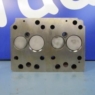 AT- Gas Zylinderkopf Mit Ventilen montagefertig