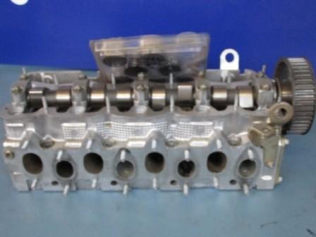 Fiat AT-Zylinderkopf Montagevertig mit Ventilen