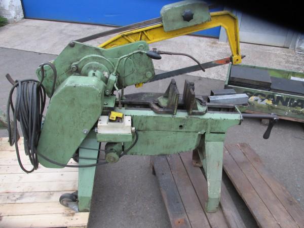 Behringer Maschinenbügelsäge für den Metallbaumit Kühlmitteleinrichtung